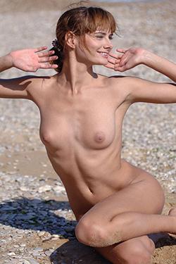 La mejor prostituta Yannie Berlin escolta de masajes eróticos personales